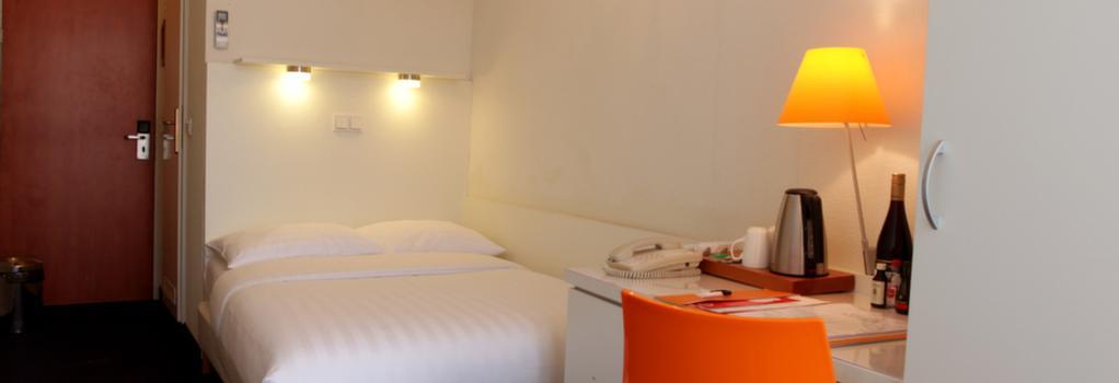 Hotel Multatuli - Amsterdam - Bedroom