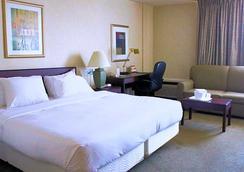 Motel 6 Atlanta Airport - Virginia Ave - Atlanta - Bedroom