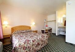 Seaside Inn - Seaside - Bedroom