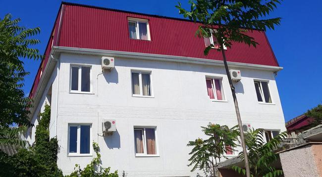 Relax Hotel - Gelendzhik - Building