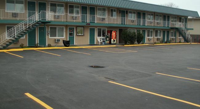 Executive Motel - Eugene - Building