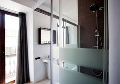 Casual Hotel Sevilla De Las Letras - Sevilla - Bathroom