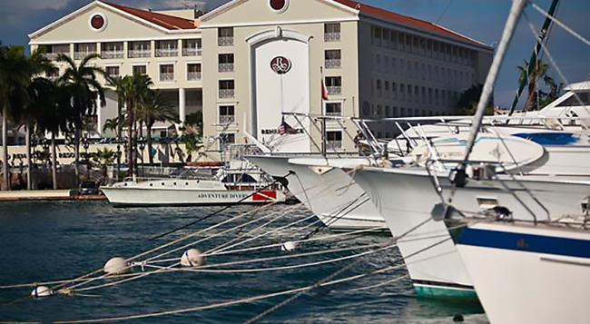 Renaissance Aruba Resort and Casino - Oranjestad - Building