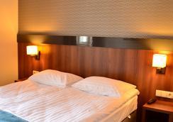 Aparthotel Neptun - Gdańsk - Bedroom