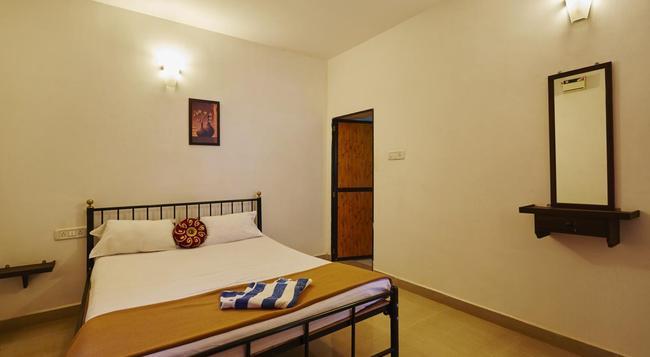 Arpora Inn - Arpora - Bedroom