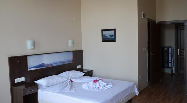 Eden Selene Otel - Ayvalik - Bedroom