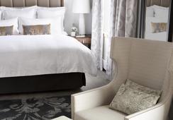 The Surrey - New York - Bedroom