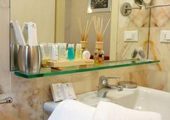 La Locandiera B&B - Florence - Bathroom