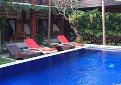Bisma Sari Resort Ubud - Ubud - Pool