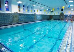 West Side YMCA - New York - Pool