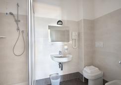 President's - Pesaro - Bathroom