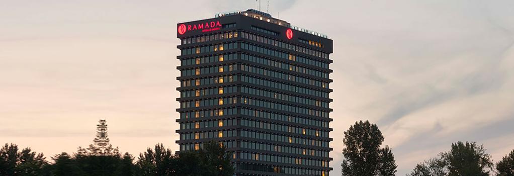 Ramada Apollo Amsterdam Centre - Amsterdam - Building