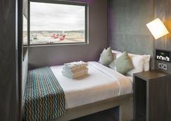 Bloc Hotel Gatwick - Gatwick - Bedroom