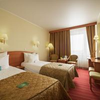 Best Western PLUS Vega Hotel & Convention Center Guestroom