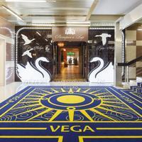 Best Western PLUS Vega Hotel & Convention Center Interior Entrance