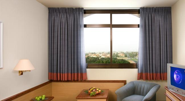 Dan Gardens Ashkelon - Ashkelon - Bedroom