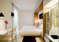 Hotel Denit Barcelona - Barcelona - Bedroom